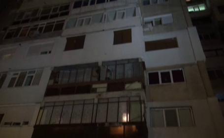 Explozie puternica intr-un bloc din Galati. Deflagratia a avut loc din cauza unui boiler electric supraincalzit