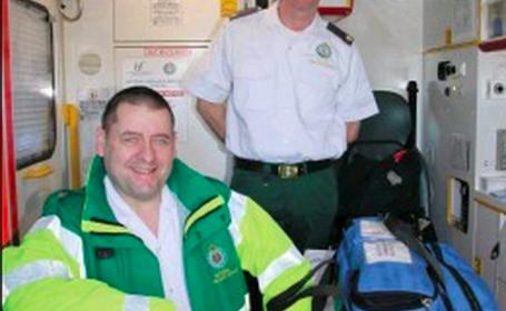 Un paramedic a reusit sa aduca pe lume un copil cu ajutorul Google Translate