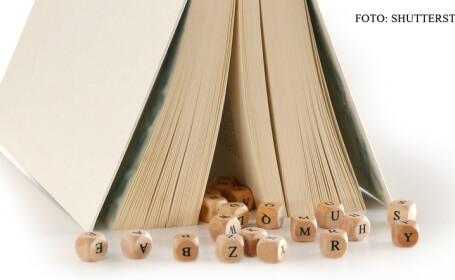 carte, cuburi cu litere