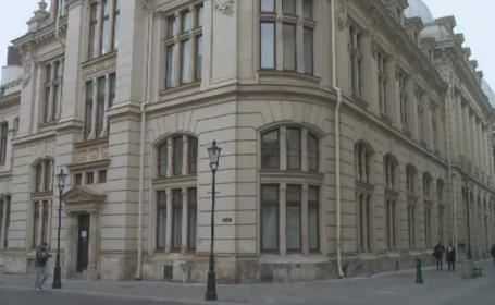 100 de milioane de euro pentru a salva Muzeul National de Istorie de mizerie si de galeata care strange apa de pe acoperis
