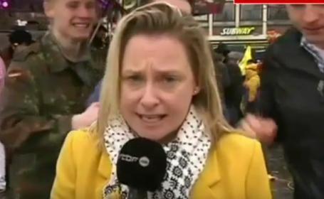 Jurnalista agresata in timpul unui LIVE povesteste ce s-a intamplat dupa ce camera s-a oprit. Un agresor s-a predat politiei