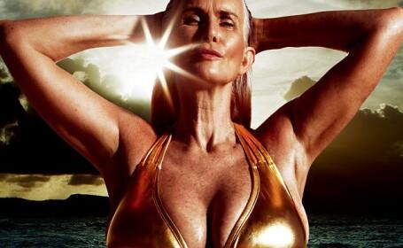 Cea mai in varsta femeie care a aparut vreodata in revista Sports Illustrated. Cum arata in costum de baie la 56 de ani. FOTO