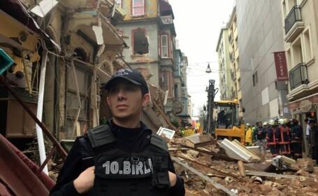 Momente de panica in Istanbul, dupa ce doua cladiri din centrul orasului s-au prabusit. Zona a fost impanzita de ambulante