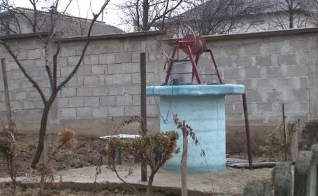Cearta dintre doi vecini din Botosani s-a sfarsit tragic. Un barbat s-a sinucis pentru ca nu era lasat sa ia apa din fantana