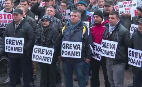 Peste 3.000 de oameni au protestat la Targu Jiu. Mutarea sediului CEO la Bucuresti i-a scos pe angajati in strada
