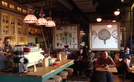 Patronii investesc tot mai mult in amenajarea restaurantelor. Cum arata barul din Cluj inclus in top 10 din lume