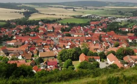 Guvernul vrea o Romanie cu mai putine sate si comune. Reactia primarilor: \