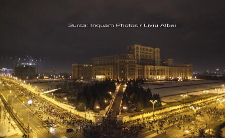 lant uman in jurul Palatului Parlamentului