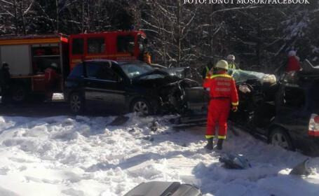 Accident grav, pe drumul spre Poiana Brasov. Un copil de 12 ani a ramas prins sub bordul masinii in urma impactului