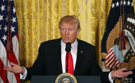 Trump, in razboi cu ziaristii pentru \