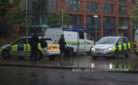Interventie in forta a politiei britanice impotriva unui barbat \