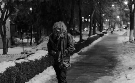 """Om al străzii din Slatina, de nerecunoscut, după ce a fost tuns și spălat. Cum arată acum """"Iisus"""". FOTO"""