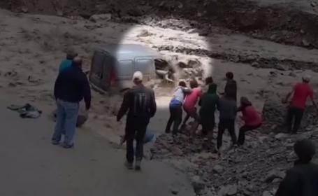 Inundații grave în nordul Argentinei. O femeie a fost salvată în ultimul moment