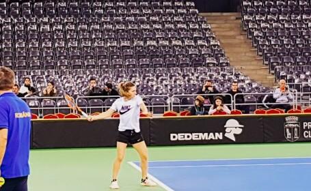 Simona Halep s-a antrenat într-un tricou Nike