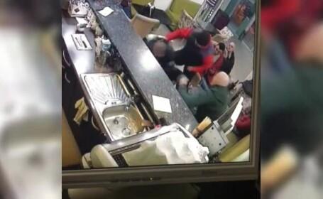 Salvamontist bătut cu sălbăticie într-un bar din Borşa