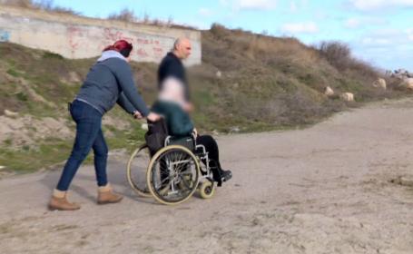 plaja persoane dizabilitati