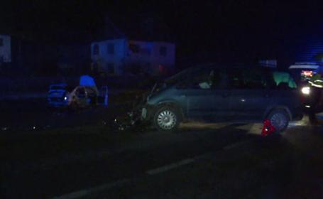 Un tânăr de 19 ani a murit într-un accident produs de un coleg. Alți 6 oameni au fost răniți