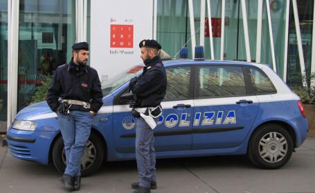 Italieni bătuţi după ce au oprit să ajute un şofer român. Totul ar fi făcut parte dintr-un \