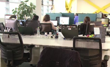 Munca la distanţă, reglementată oficial în România. Angajații care pot lucra acasă sau la cafenea