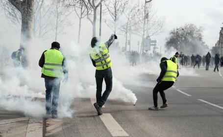 proteste al vestelor galbene în paris