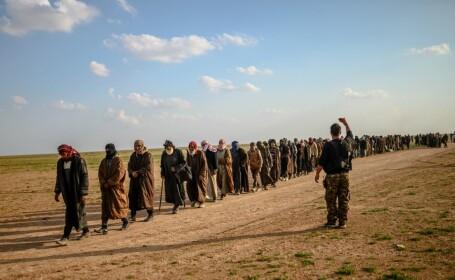 Ultimul marș al jihadiștilor. Militanții și familiile lor, evacuați din ultima redută ISIS