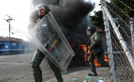 SUA anunţă o intervenţie în Venezuela. Pompeo: \