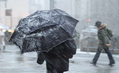 Cod galben de vremea rea, emis de meteorologi. Sunt vizate 27 de județe din țară