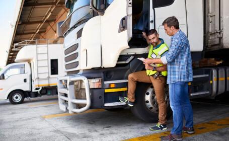 Tiriști români, bănuiți că au furat bunuri de 2 mil. € din alte camioane, în Franța