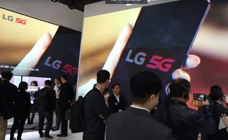 standul LG de la Mobile World Congress 2019