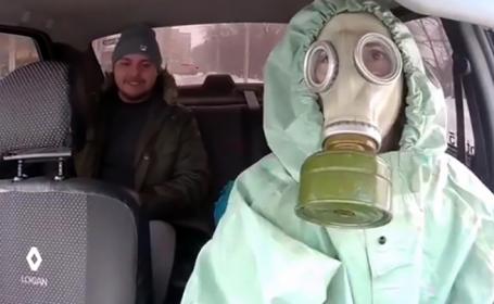 Modul inedit prin care un taximetrist rus se ferește de coronavirus. VIDEO