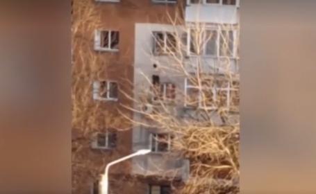 VIDEO. Momentul în care o tânără de 24 de ani din Craiova s-a aruncat de la etajul 3