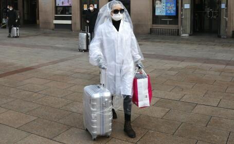 Un pasager din China a luat măsuri extreme de siguranță împotriva infecției cu coronavirus