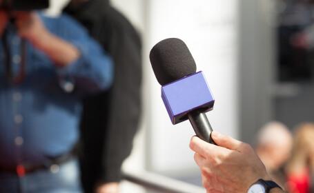 Scene virale cu un reporter din SUA. Ce greșeală a făcut înainte de a intra în direct VIDEO