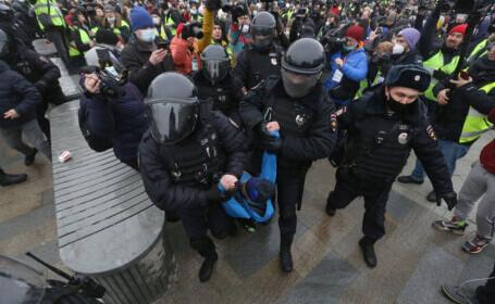 Peste 1.500 de oameni au fost arestaţi în toată Rusia în cursul protestelor organizate în sprijinul lui Navalnîi