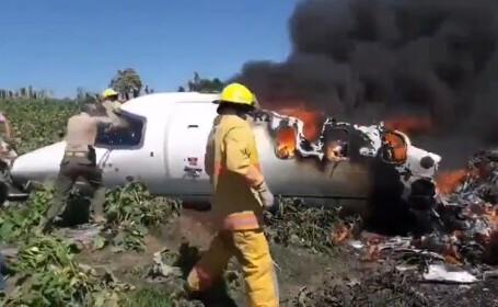Şase morţi după ce un avion militar s-a prăbușit în timpul decolării în Mexic