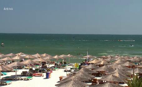 Au început angajările pe litoral pentru sezonul estival. Cât poate câştiga un ospătar