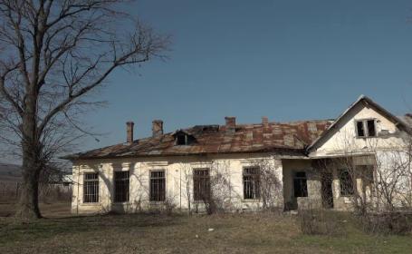 Conacul lui Duiliu Zamfirescu, lăsat în paragină, va deveni casă memorială. Ce a hotărât familia scriitorului