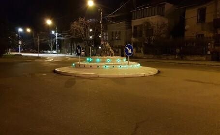 """Orașul în care a apărut """"primul OZN giratoriu din România"""". """"De fiecare dată când trec pe acolo mașina se comportă bizar"""""""