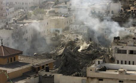 Cele patru familii de romani au trecut granita intre Fasia Gaza si Israel