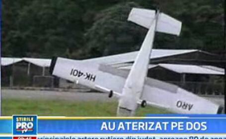 avion rasturnat