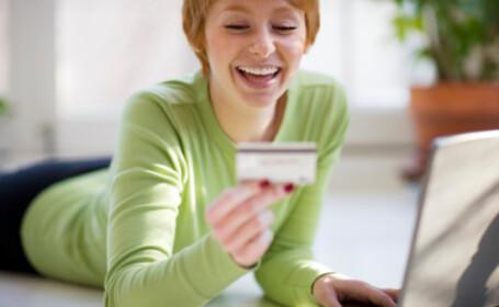 Mall-urile online, ajutorul care va poate scapa de goana dupa cadou