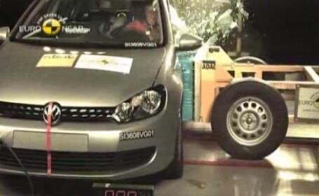 Volkswagen Golf VI crash test Euro NCAP