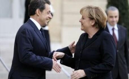 Parodia care a innebunit netul. Sarkozy, in rolul unui chelner beat. Ce-i spune lui Merkel. VIDEO