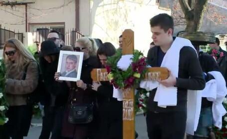 1.000 de oameni la inmormantarea tanarului care a pierit dupa un accident produs la 240 km/h