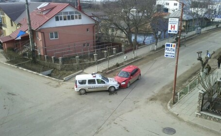 Accident masina de politie