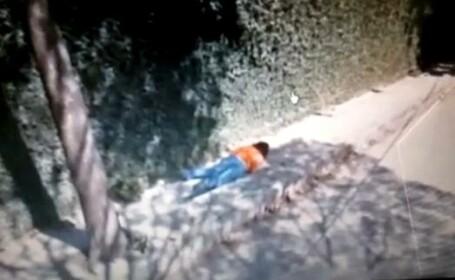 femeie cazuta pe strada, Google map
