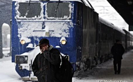 Cei 123 de pasageri din InterCity-ul deraiat preluati de alt tren. LISTA intarzierilor si anularilor