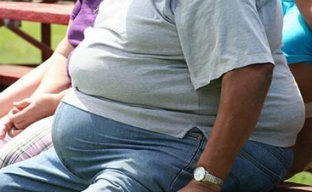 A slabit singur peste 130 de kg, insa acum nu mai poate avea o viata normala. Ce i s-a intamplat