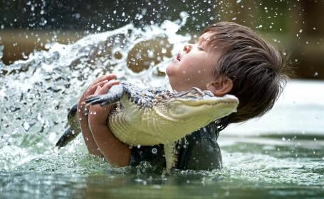 Vanator de crocodili la doar 3 ani. Pustiul care refuza jucariile pentru a se lupta cu aligatorii