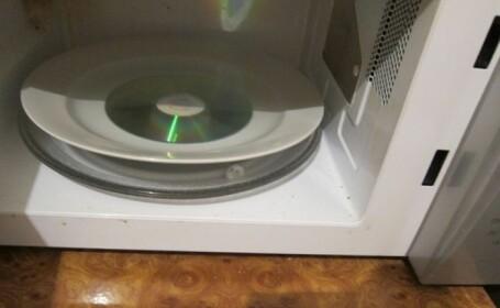 cd cuptor cu microunde - 4